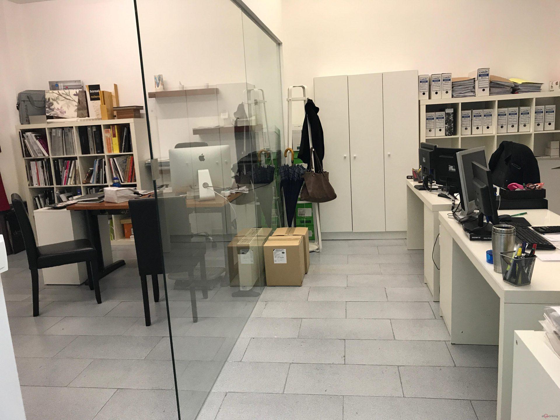 Oficina en valencia compartida coworking alquila tu for Oficina de correos valencia