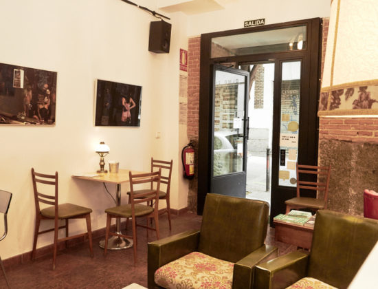Free space to exhibit in Madrid. Calle del Olmo, 12, 28012 Madrid (El Figurante Bar)