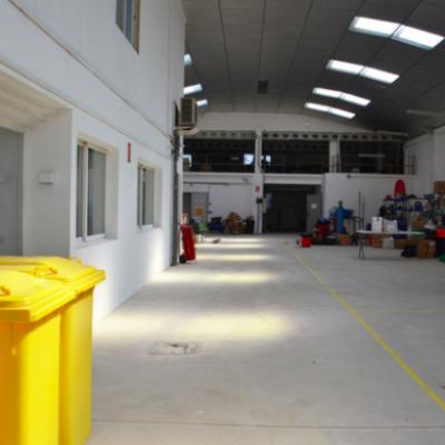 Alquiler de nave industrial en Valencia compartida. Alquiler de nave en Alboraya