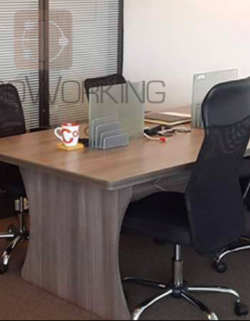 Lima coworking, espacio muy formal para atender a tus clientes y trabajar.