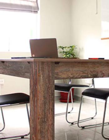 Espacio coworking con despachos independientes. Alquiler calle Alfredo Maldonado, Lima