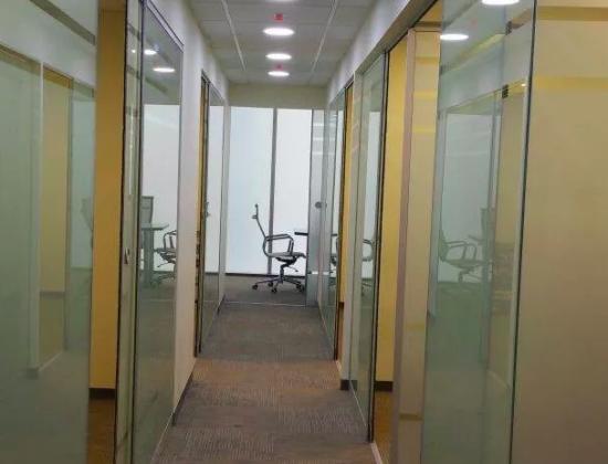 Oficinas en renta por horas. Alquiler en Av. El Polo 401 Of. 301 Monterrico – Surco, Lima
