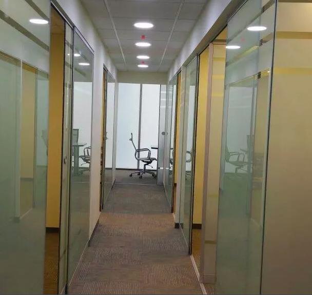 Oficinas en renta por horas comparte espacios comparte for Alquiler de oficinas por horas