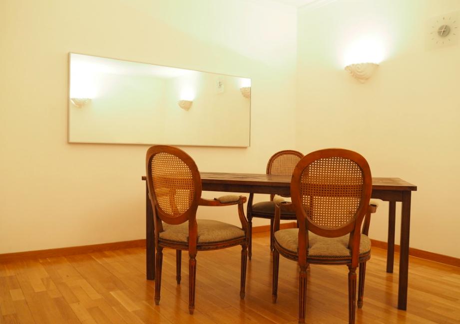 Alquiler espacios salas espectaculares para alquilar - Espacio para el yoga ...