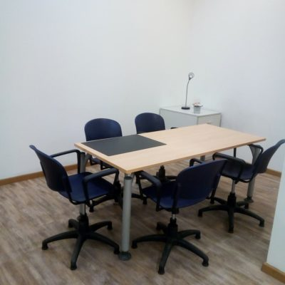 Rent small room for conferences and meetings