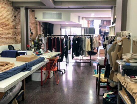 Barcelona Showroom for share