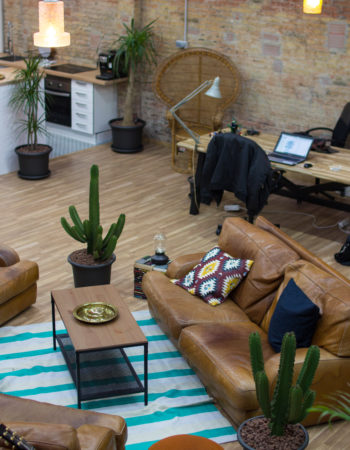 Poblenou Rental | Office shared with the digital media
