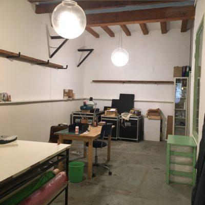 Tienda compartida en el centro   Estudio-taller compartido en el centro   Tienda-Taller