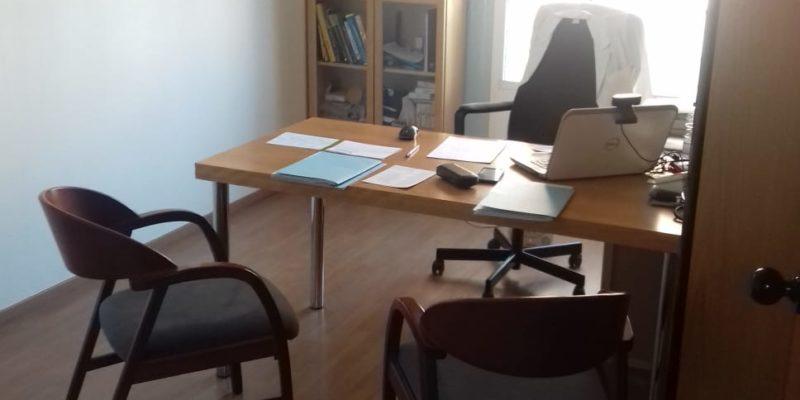 Consulta en alquiler | Tranqulia y luminosa | Centro de Barcelona