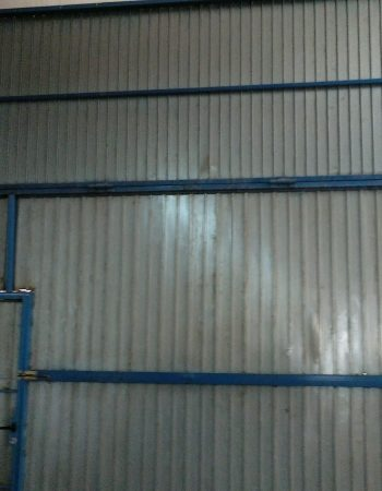 Rental of shared industrial warehouse