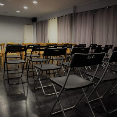 Cheap rooms for rehearsals and conferences