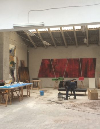 Shared open-plan study | Painting | Sculpture | Artistic activity