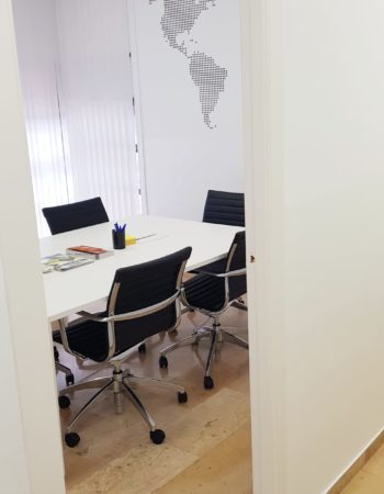 Coworking Poblenou | Meeting room | Offices