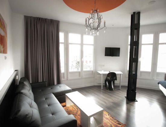 Suite rental in Gran Vía