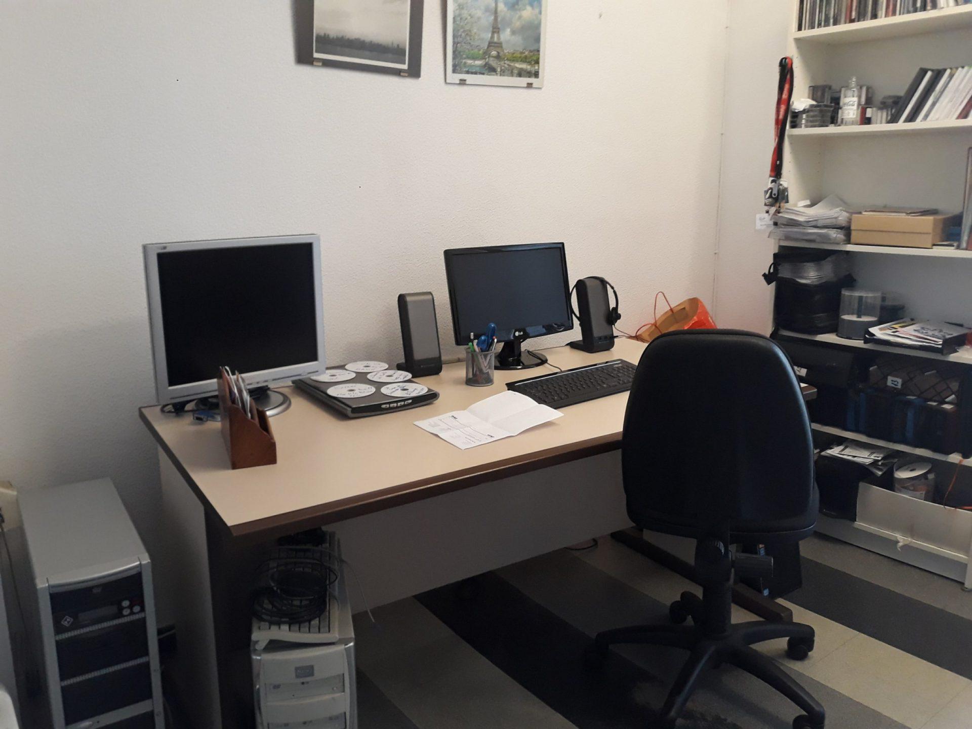 Despacho compartido en Plaça Catalunya