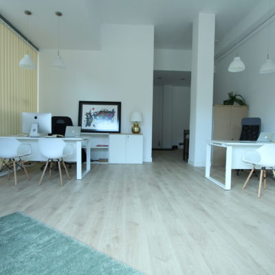 Design and bright office rental