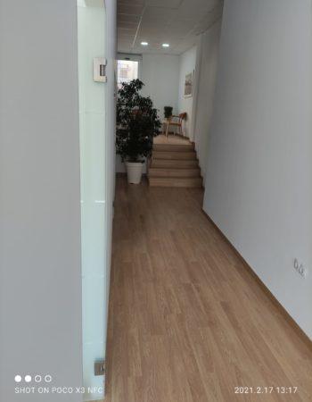 Valencia office rental