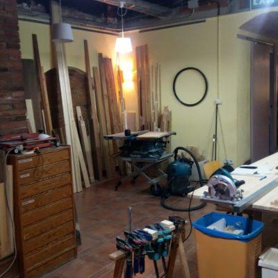Wood and craft workshop