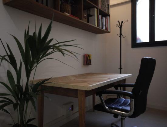 Audiovisual Production Company rents table